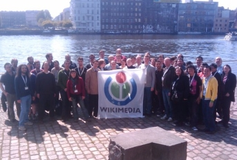 Participants at Wikimedia Chapters Meeting 2010 in Berlin came from allover the world