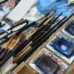 Mal-Utensilien im Atelier des Vogelmalers Lars Jonsson